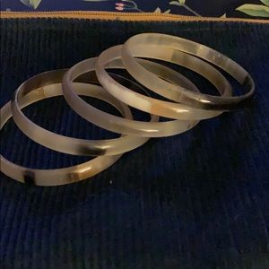 Set of 5 bangle bracelets- horn - new!